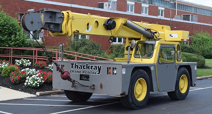 Philadelphia Carry Deck Cranes: Hydraulic Crane Rental